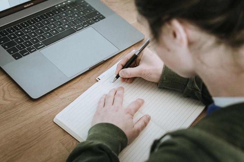自分磨きノートシンデレラノートの書き方や続けるコツを紹介 Torute